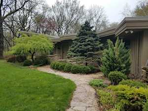 276 Donlea Rd Barrington Hills, IL 60010