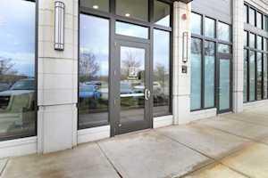450 Village Center Dr #303 Burr Ridge, IL 60527