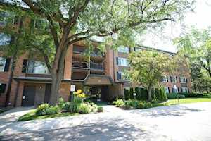 1207 S Old Wilke Rd #306 Arlington Heights, IL 60005