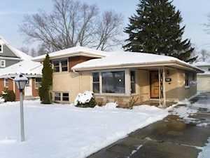 721 Florence Dr Park Ridge, IL 60068