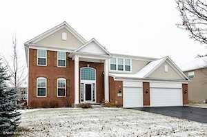 3520 Langston Ln Carpentersville, IL 60110