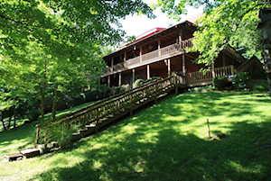 1044 Lake Of The Woods Hardinsburg, KY 40143