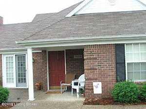 1008 Garden Pointe Pl Louisville, KY 40242