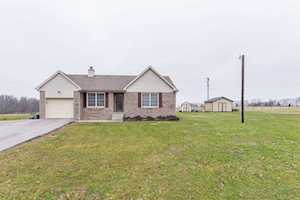 2959 N Middletown Road Paris, KY 40361