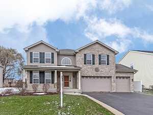 6531 Pine Hollow Rd Carpentersville, IL 60110