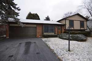 900 Pheasant Ridge Dr Lake Zurich, IL 60047