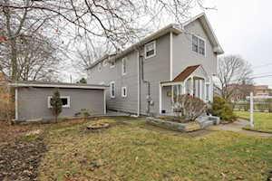122 Prairie Ave Highwood, IL 60040