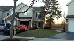 7391 Grandview Ct Carpentersville, IL 60110