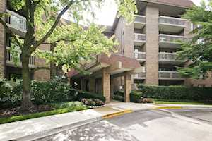 1220 Rudolph Rd #2G Northbrook, IL 60062