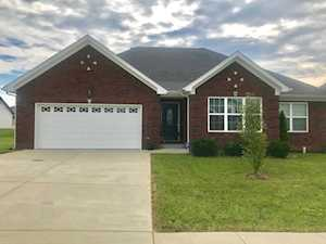 944 Thoroughbred Rd Shelbyville, KY 40065
