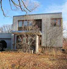1435 Maple St Glenview, IL 60025