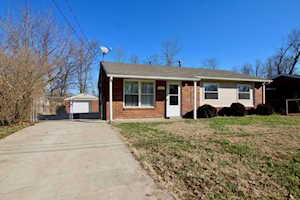 8605 Gary Way Louisville, KY 40118