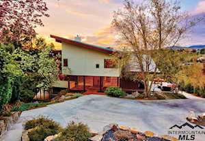 430 W Summit Ridge Rd Boise, ID 83702
