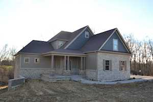 2004 Wooded Oak Ln Crestwood, KY 40014