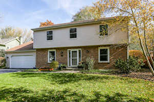 1634 Indian Knoll Rd Naperville, IL 60565