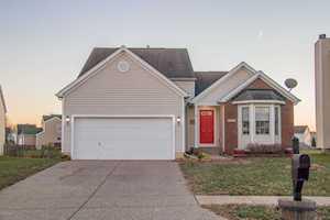 7811 Pear View Ln Louisville, KY 40218