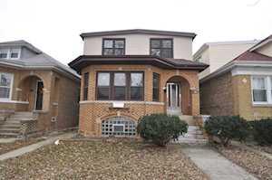 5811 W Henderson St Chicago, IL 60641