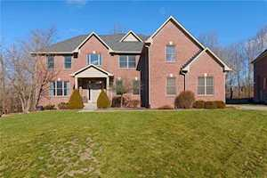 10726 Timber Oak Circle Indianapolis, IN 46236
