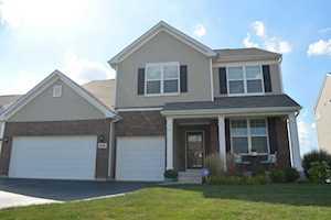 3595 Edgewood Ln Carpentersville, IL 60110
