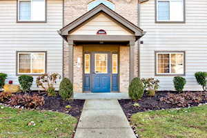 10404 Southern Meadows Dr Louisville, KY 40241