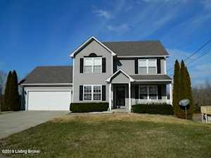 133 Westbourne Ct Radcliff, KY 40160