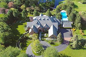 1295 Whitmore Ct Lake Forest, IL 60045