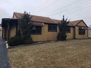 834 N Howard Ave Elmhurst, IL 60126