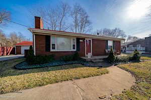 7405 Highview Dr Louisville, KY 40228