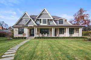 310 Crabtree Ln Glenview, IL 60025