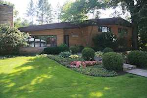 707 Edgemont Ln Park Ridge, IL 60068