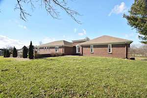 211 Stirrup Circle Nicholasville, KY 40356