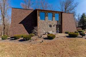 5372 Ponderosa Road Lanesville, IN 47136