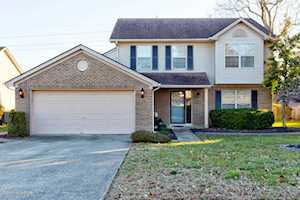 9502 Hunters Trail Ct Louisville, KY 40228