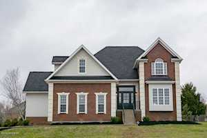 12813 Dove Lake Dr Louisville, KY 40299