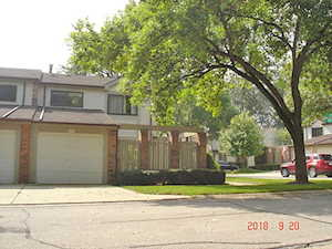 221 W Coventry Place Mount Prospect, IL 60056
