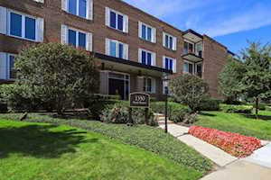 1350 N Western Ave #109 Lake Forest, IL 60045
