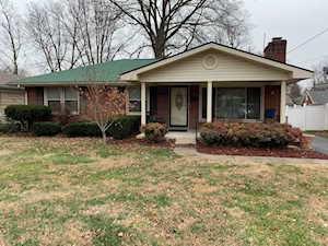 7709 Burr Ln Louisville, KY 40214