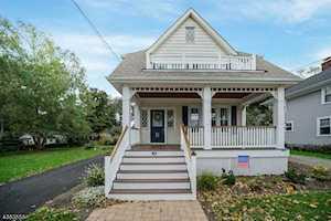19 Rosedale Ave Morris Plains Boro, NJ 07950