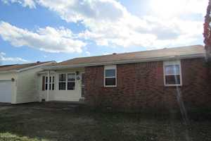 111 Willoughby St Hardinsburg, KY 40143