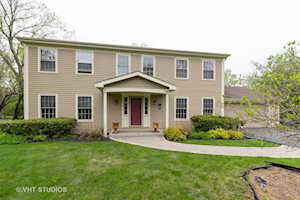 1404 West Fork Dr Lake Forest, IL 60045