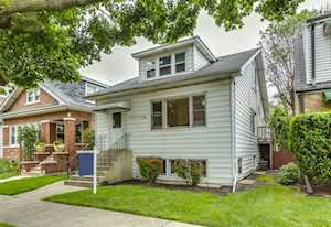 5904 W Giddings St Chicago, IL 60630