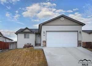82 S Peppermint Nampa, ID 83687