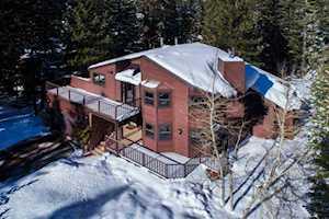 139 Ridgecrest Mammoth Lakes, CA 93546-0000