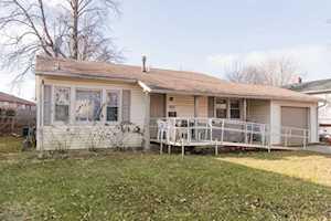 3024 Wakefield Dr Carpentersville, IL 60110