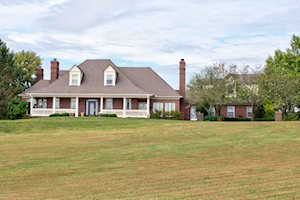 329 Old Stone Dr Simpsonville, KY 40067