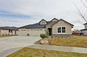 512 S Rivermist Ave Star, ID 83669