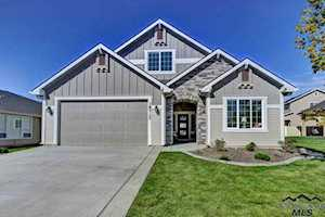 2710 E Copper Point St. Meridian, ID 83624