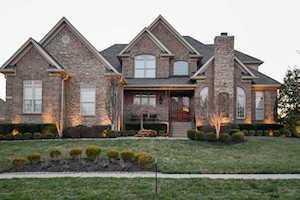 18716 Brookshade Ln Louisville, KY 40245