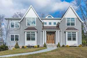 30 Addison Dr Short Hills, NJ 07078