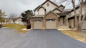 151 Old Oak Dr #151 Buffalo Grove, IL 60089